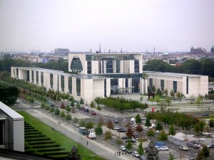 federal-chancellery-250605_640