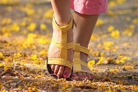 feet-538245__180